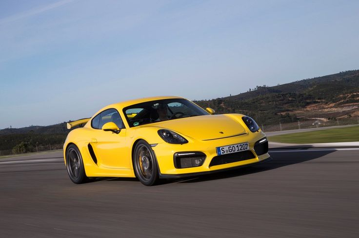 The exterior and interior features of 2016 Porsche Cayman have been upgraded and reached the best part.