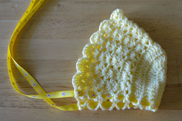 Crochet Baby Bonnet from **Free Pattern~ Scroll down page in site for the bonnet pattern**
