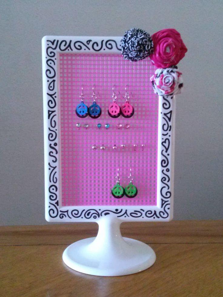 Best 25+ Diy earring holder ideas on Pinterest | Earing ...
