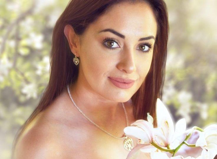 Melanie Woods World Jewellery tree of hearts silver earrings and pendant