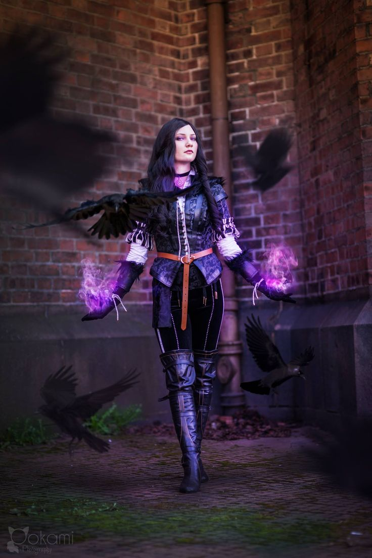 Yennefer of Vengerberg cosplay by Santatory https://nb-no.facebook.com/SantatoryCosplay Photography by Ookami cosplay photography https://nb-no.facebook.com/ookamicosphoto