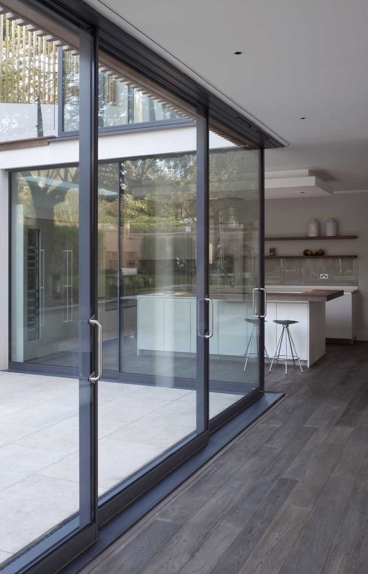 Best 25 aluminium sliding doors ideas on pinterest for Sliding patio windows