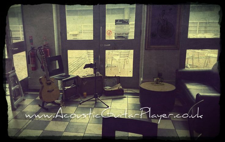 Acoustic guitar in Ferens art gallery.  www.acousticguitarplayer.co.uk