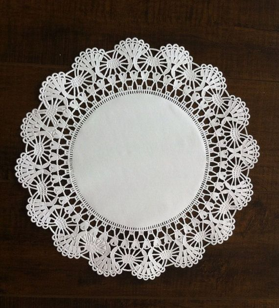 Pack of 240 Cambridge Paper Lace Doilies  12 FREE by MinasPantry