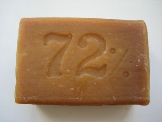 Народная медицина имеет в активе множество рецептов от недомоганий с использованием хозяйственного мыла. Например, при насморке довольно эффективно просто смочить в мыльном растворе ватный тампон и с…