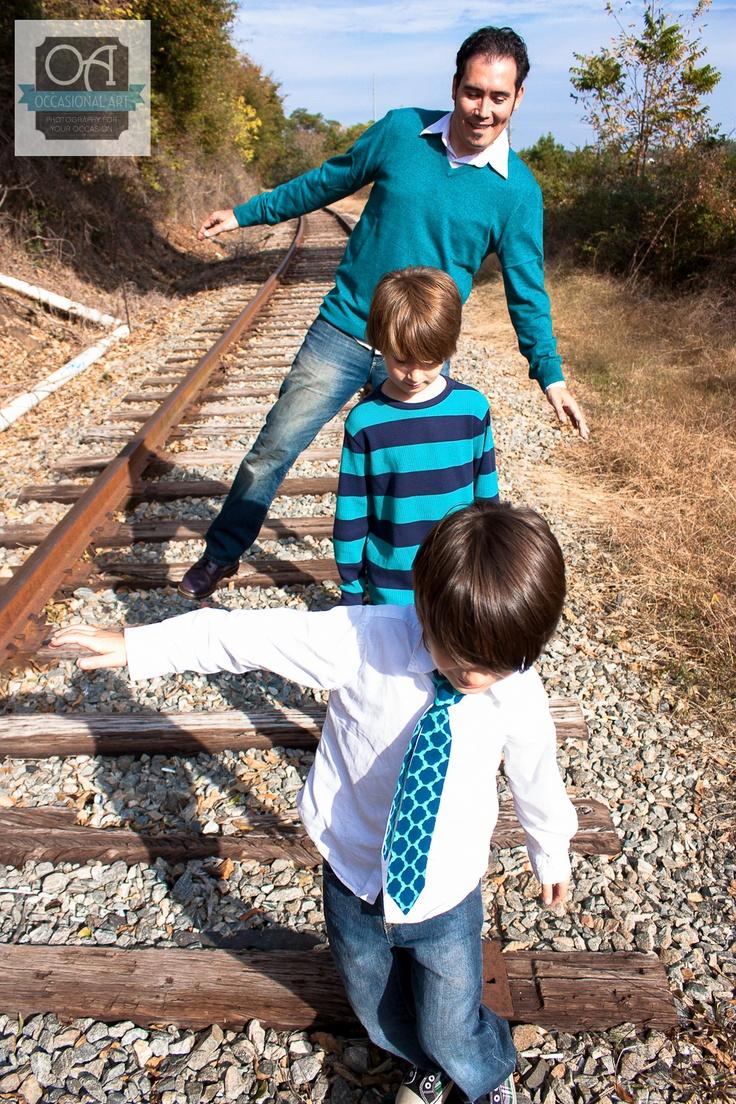 Family Photography, railroad track photography, creative family