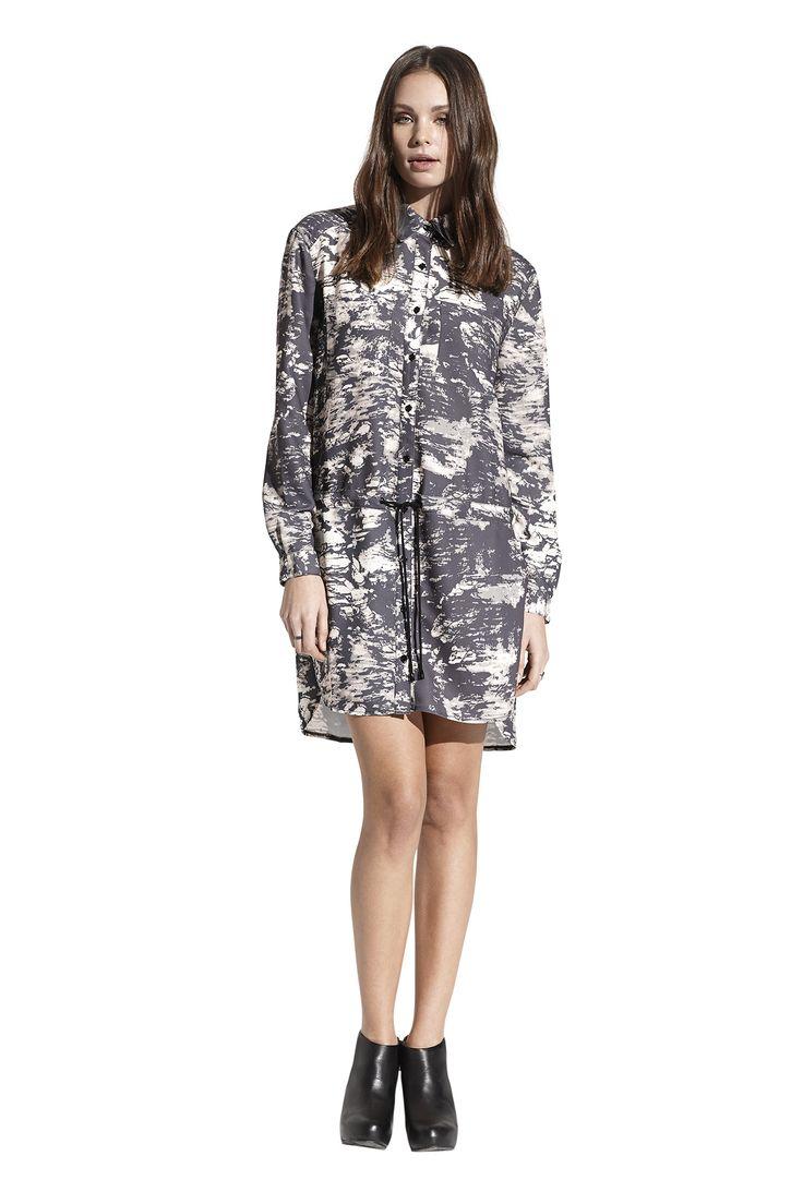Felisha shirt dress. Køb den på  http://www.blackswanfashion.dk/ Felisha shirt dress. Buy it on http://www.blackswanfashion.com/#longsleeveddress #dresswithlongsleeves #littleblackdress #loosefitteddress  #comfydress #perfectdress #jerseydress #viscosedress #polyesterdress #minimalisticdress #simpledress #chicdress #gorgeousdress #stylishdress #femininedress #comfydress #abovekneelenghtdress #relaxdress #pocketdress