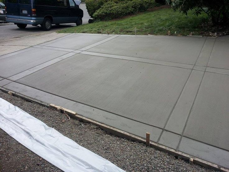 Broom Driveway with smooth finish borders! #Concrete #TightBroom #Borders
