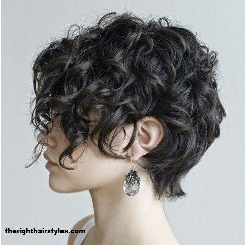 Les Cheveux bouclées donne un charme spécial et un style différent ! Vous avez les cheveux bouclées et vous cherchez des idées de coiffures ? Voilà dans cet article 26 styles et idées de coiffures pour les cheveux bouclées inspirés de PINTEREST. Si vous n'avez pas des boucles ces photos vou…