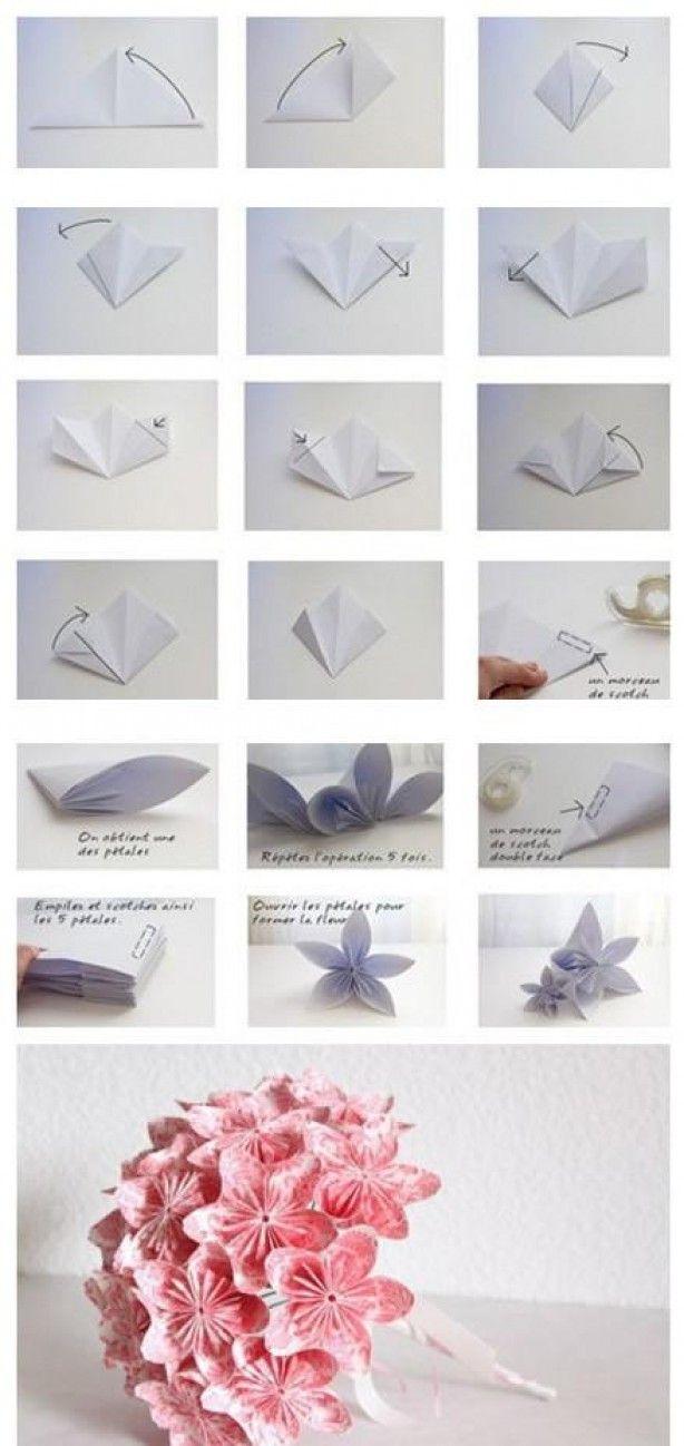 Klein boeketje van schattige bloemen vouwen.  Het werkt inderdaad beter met plakband dan met prit :)
