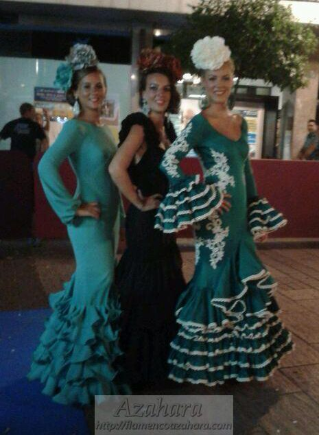 #Vestidos #flamencos exclusivos en #desfile #NocheViva de #Fuengirola. #flamencoazahara