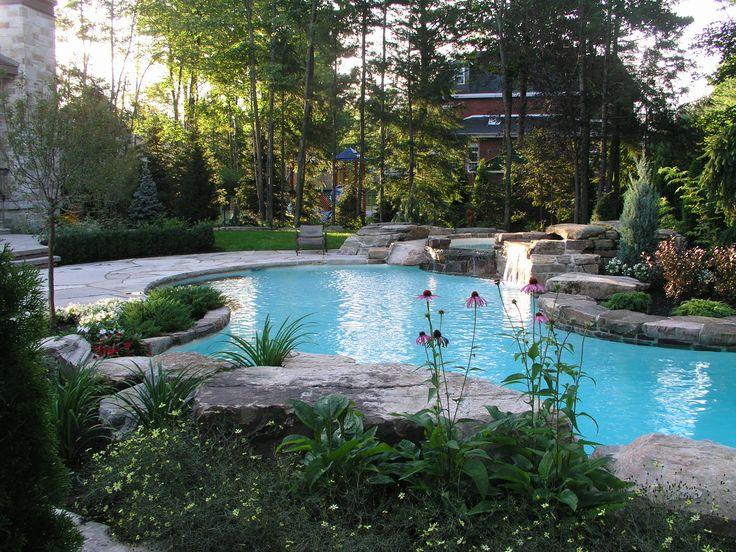piscine ext rieure r alisation maxhorti avec une bordure