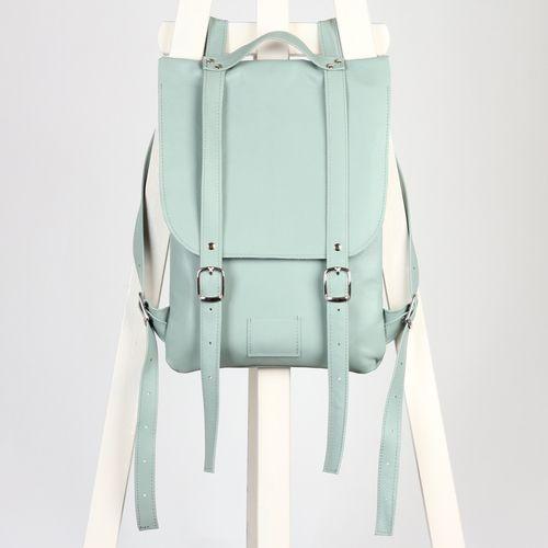 Мятный рюкзак из гладкой кожи