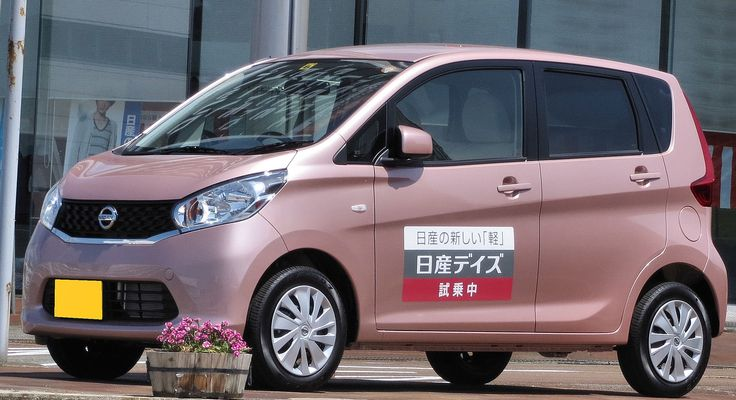Nissan Dayz in July 2013 advanced in 6th place among top models in the Japanese domestic market.