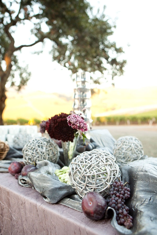 decor idea for 25th anniversary - love the silver & purple
