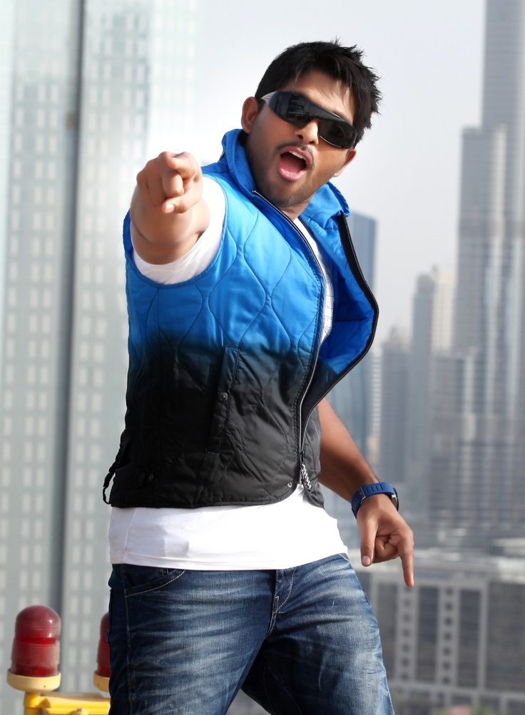 nice Allu Arjun  South Indian Actor Gallery Stills Images