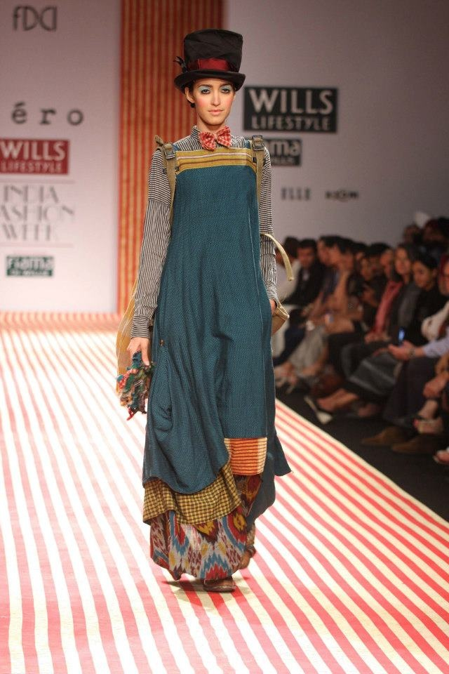 I would so wear this!!! Pero by Aneeth Arora Autumn Winter 2013 at Wills Lifestyle India Fashion Week Delhi