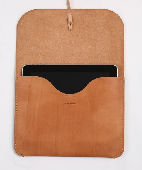 "A good crop of iPad slips are showing up around the web (we covered a few recently). The Kenton Sorenson leather holster is another fine example that complements iPad. ""Presenting the Kenton Sorenson iPad Portfolio. Wisconsin native Kenton Sorenson cuts and sews each natural leather piece by hand in his workshop. Each iPad Portfolio is oiled …"