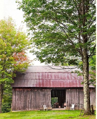 farm: Farms Houses, Weather Barns, Beautiful Barns, Barns Life, Country Farms, Country Farmhouse, Children'S Children, Old Barns, Country Barns