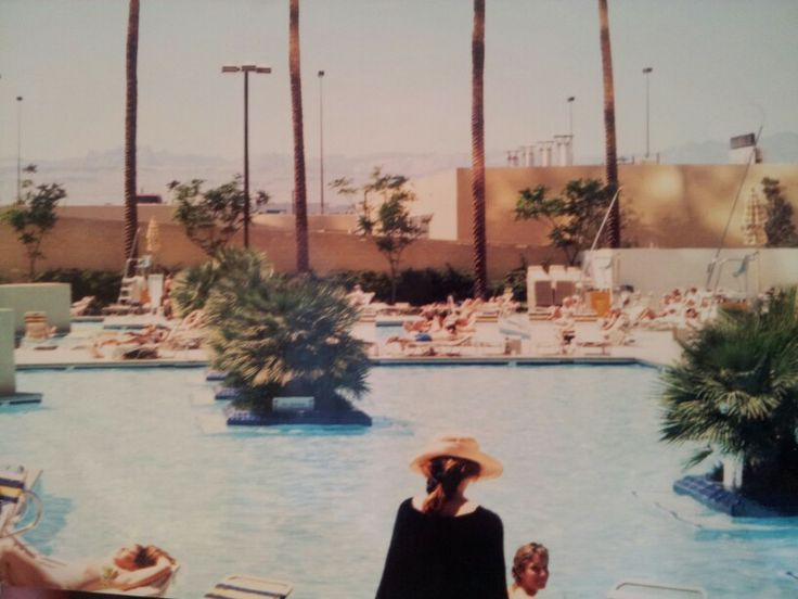 78 images about 1990 39 s las vegas nevada on pinterest for Pool show las vegas november