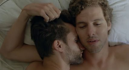 FIRE!! Mostra 2015 Highlights The Chilean film, En La Gama de los Grises (In the Greyscale), presents a 35 year old architect struggling with his homosexual feelings, while seemingly being a happily married husband and father in a heterosexual marriage.