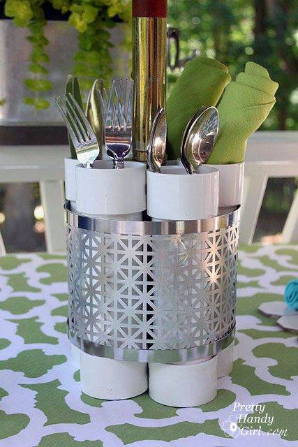 I created this unique centerpiece that can be a vase, utensil holder o… :: Hometalk