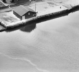Town Quay, Fareham, 1928 | Britain from Above