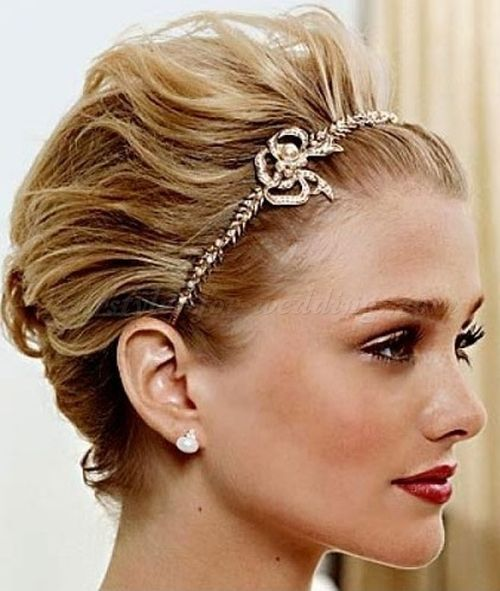 Best 25 short bridal hairstyles ideas on pinterest short bridal short bridal hairstyle with headbandb junglespirit Gallery