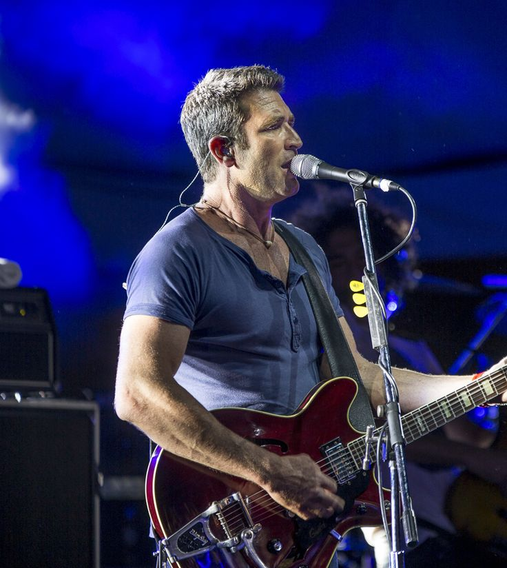 Pete Murray at Caloundra Music Festival 2014 - Bruce Haggie Photography