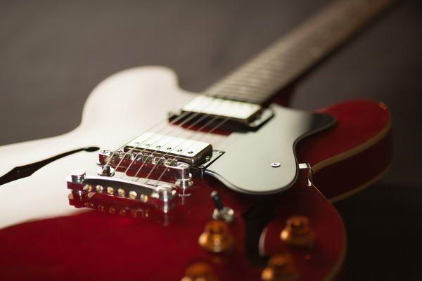 Gitarre stimmen stimmgabel online dating