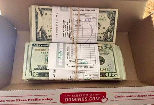 Pide una pizza y en la caja se encuentra 1.300 dólares - TVEstudio