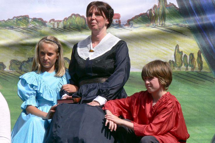 Goldene Erinnerung  Nachstellung des Gemäldes der Constance von Zieten Schwern