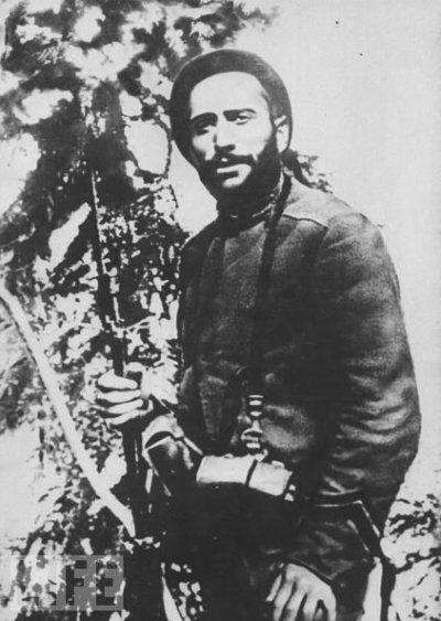 Benito Mussolini, a member of the Bersaglieri Regiment, 1917.