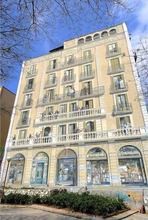 The Balcons De Barcelona Is A Mural Of 450 On A Dividing Wall Of A Building  / Technique Of Trompe Lu0027oeil // Created 1992 // Outstanding Wall Paintings  (wall ...