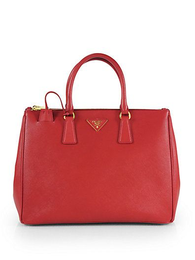 Prada – Saffiano Medium Zip Tote