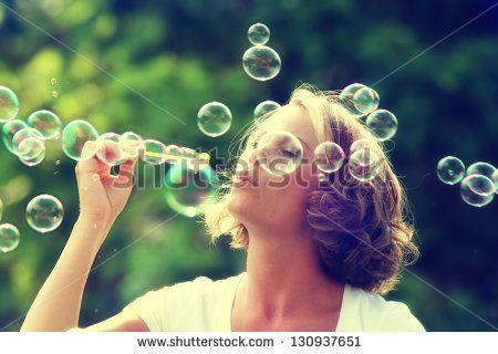 Seifenblasen Stockfotos und -bilder | Shutterstock