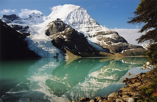 Mount Robson, Mount Robson Provincial Park, British Columbia, Canada