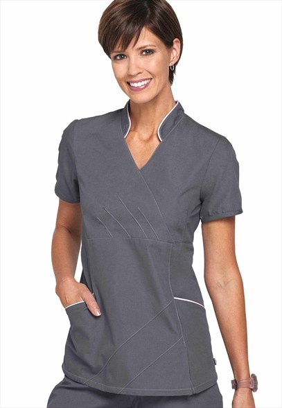 """Urbane mandarin collar"" #scrub top is an excellent option for #interpreters in #medical #settings including training settings because of the high collar and #professional-looking cut of the #top. The #solid, flat front offers a clean, #contrasting #backdrop to the #interpreter's #hands. #attire"
