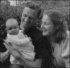 Brigitta Jacob-Engelken as a baby with her parents, Rochus Misch and wife.