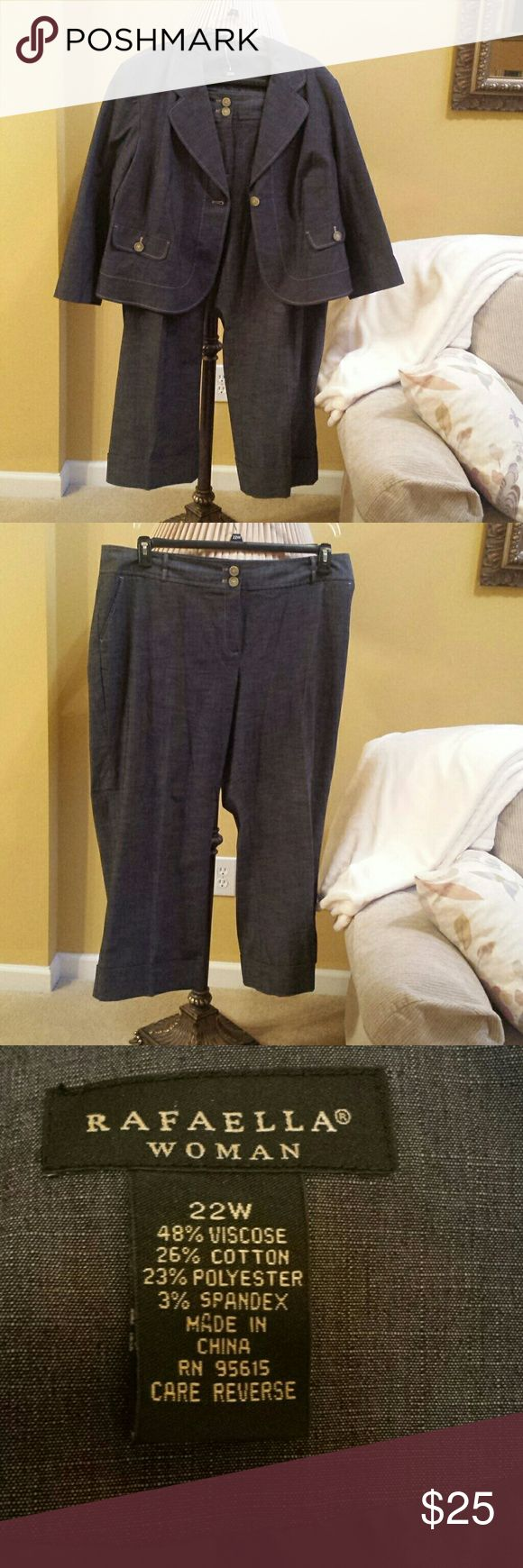 """Size 22 Rafaella jean suit Rafaella jean suit...pants and jacket. Fits like a short/petite so not for a tall woman. I'm 5'4"""". Jacket has ring around collar so needs cleaning as reflected in price. Rafaella Pants Wide Leg"""