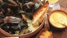 The Best Moules Marinières (Sailor-Style Mussels) | Serious Eats