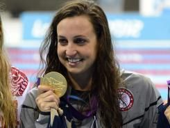 Rebecca Soni wins Gold and breaks world record in 200 meter breaststroke: Olympic 2012, 200M Breast, Win Gold, Rebecca Sony, World Records, 2012 Olympic, Breaststrok Win, 2012 London, 200 Meter