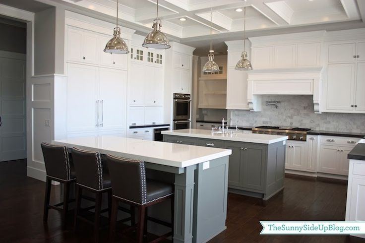 Sunny side up kitchens benjamin moore chelsea gray for Chelsea gray kitchen cabinets