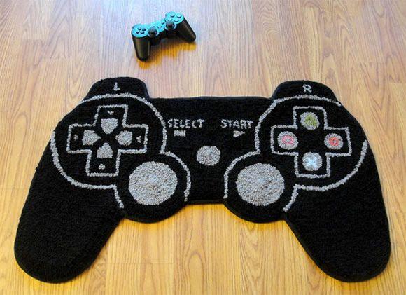 Tapetes em forma de controles de videogame para decorar a casa