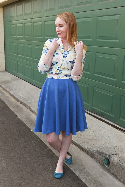 Day 20 Me Made May - Self-drafted Blue Circle Skirt {via Jennifer Lauren Vintage}
