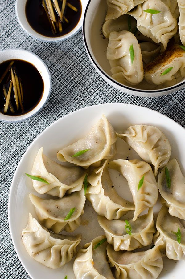 """Check out these """"good luck"""" foods for Chinese New Year! #chinesenewyear #lunarnewyear #asianfood"""