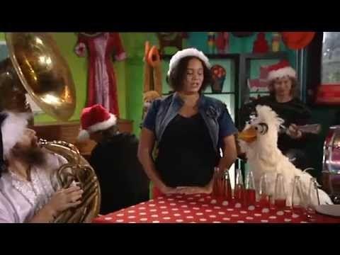 liedje muziek en dans Het is kerstfeest   Kerstlied uit Huisje, Boompje,...