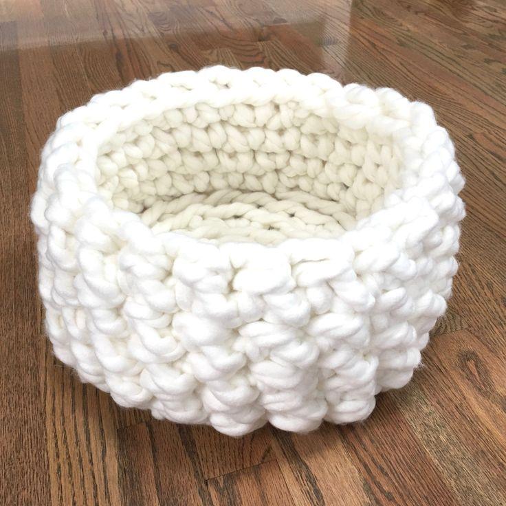16 best Cat Beds images on Pinterest | Crochet cat beds, Pet beds ...