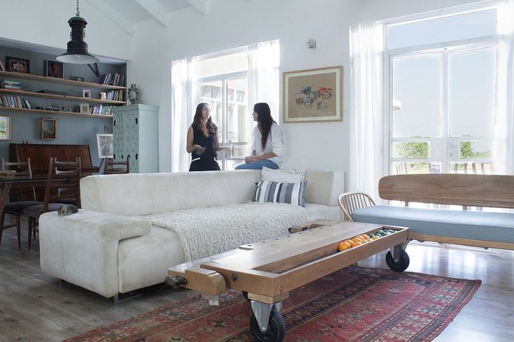 Looking for latest design coffee table furniture, visit SAMHomeDecor.com for glass coffee table, long coffee table, round coffee tables and other