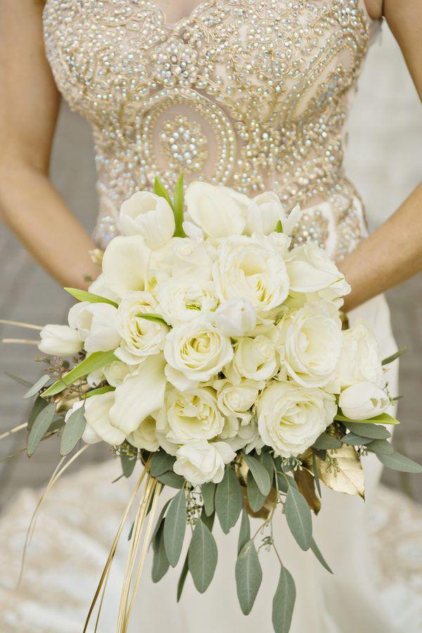/home3/frosted7/общедоступным HTML/wр содержание/добавления/2015/12/В канун Нового Года золотые и белые свадебные
